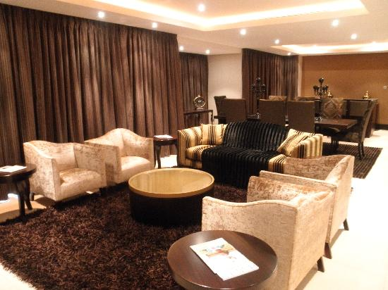 The Royal Marang Hotel: Presidentail Suite