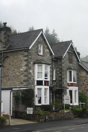 Glan Llugwy Guest House: Glan Llugwy guesthouse. Nice easy find B&B close to all amenities in Betws-y-coed.