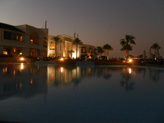 Renaissance Sharm El Sheikh Golden View Beach Resort: nice in the early evening