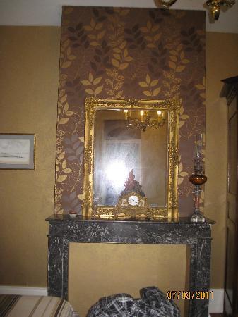 Le Chateau : Our room