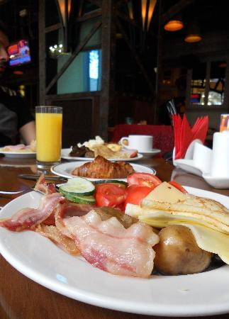 """Peking Hotel : A small """"sample"""" of our breakfast"""