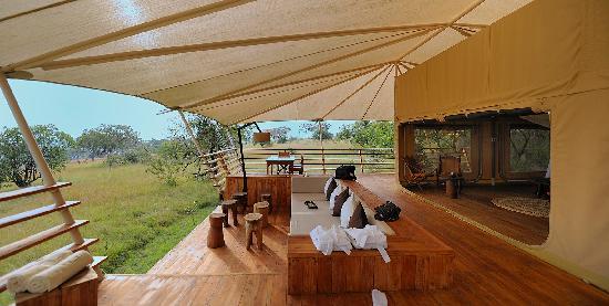 Serengeti Bushtops Camp: Terrasse 2