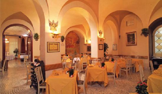 ألبيرجو ريستورانتي لا روزيتا: ristorante La Rosetta