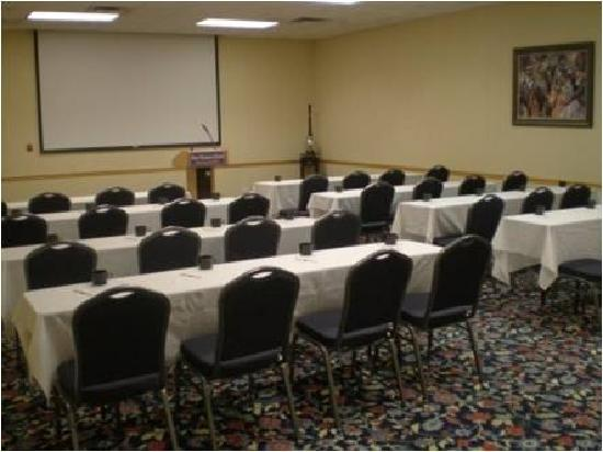FairBridge Hotel at Executive Plaza Wheeling: One of our Meeting Rooms