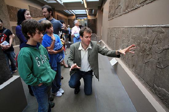 Context London Tours : British Museum for Families