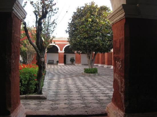 อารามซานตาคาตาลินา: Monastery of Santa Catalina
