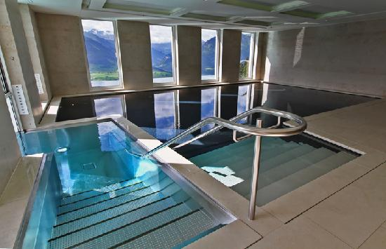 Hotel Villa Honegg: Der Indoor-Pool mit Schleuse