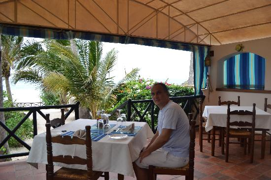 Diani Blue: Lunch