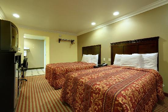 Americas Best Value Inn Downtown: 2 Queen Beds