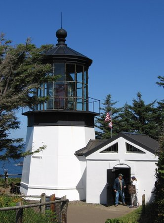 ‪Cape Meares Lighthouse and Wildlife Refuge‬