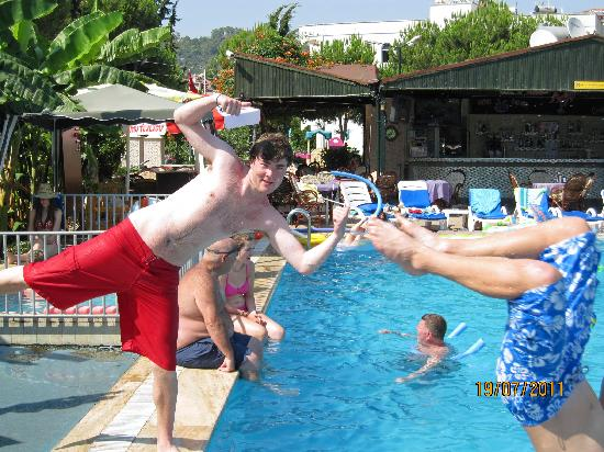 Sun Apartments Marmaris: me and my brother by the pool