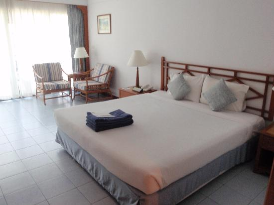 Amora Beach Resort: The rooom