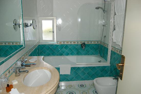 Il Moresco Hotel: bathroom