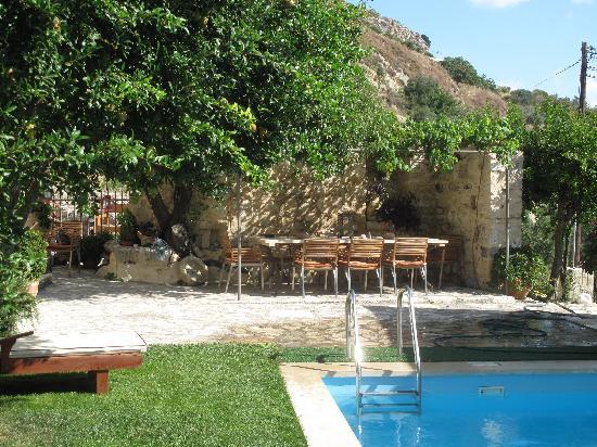 Villa Kerasia: villa