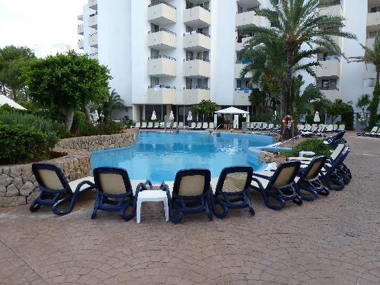 Hipotels Bahia Grande: la piscine