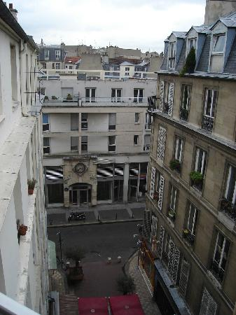 Hotel Du Marche Saint Martin: view from our window