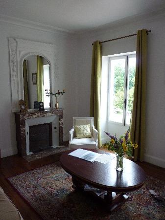 Le Clos Sainte-Marie: Salon de la suite Honoré de Balzac