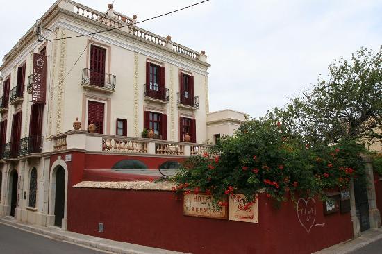 Aiguaclara Hotel: Vue extérieure