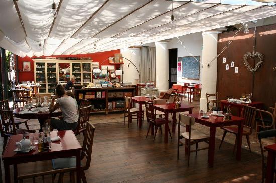 Aiguaclara Hotel: Salle du restaurant et petit déjeuner
