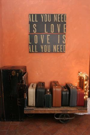 Aiguaclara Hotel: Hall d'entrée