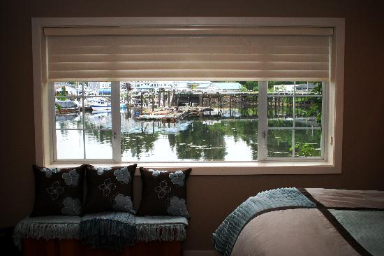 The Marina B & B: view from Eagle Suite