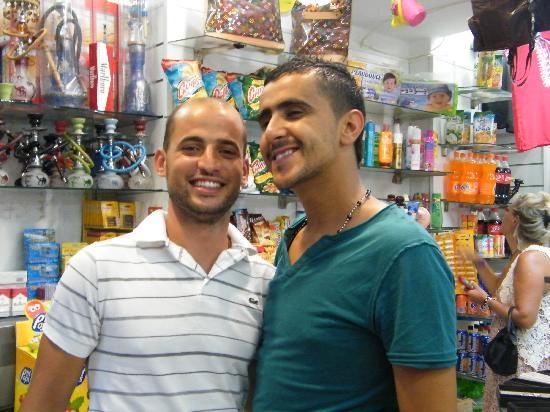 Joya Paradise : très sympa les vendeurs de la boutique..