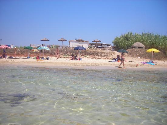 Hotel Montecallini: Spiaggia libera attrezzata Kaibo...