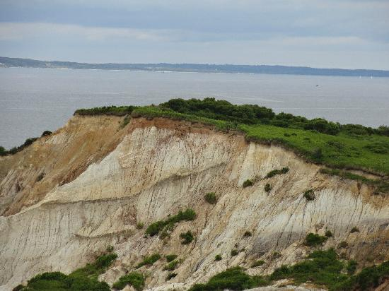 Martha's Vineyard, MA: bluffs