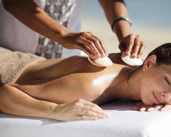 Spa InterContinental: Sea-shell massage