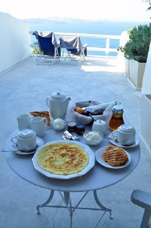 Oia Suites: Desayuno