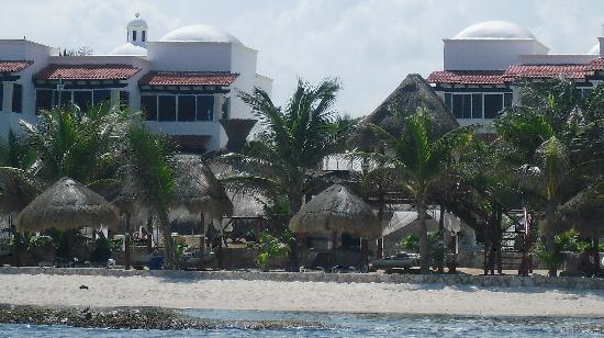 Hidden Beach Resort by Karisma : HBR from the sea