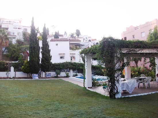 Almoraide Apartamentos: Outside
