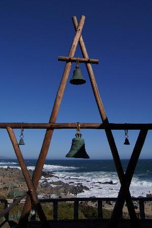 """บ้านพาโบลเนรูดา: The bells of the """"Captain"""""""