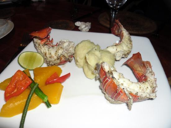 Sanbis Resort: crayfish dinner