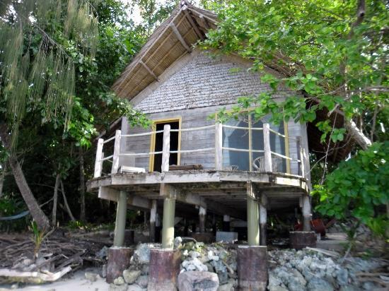 Sanbis Resort: front of room