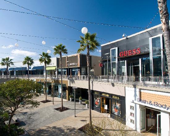 Torrance, CA: Del Amo Fashion Center