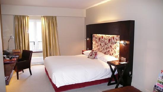 Auberge Saint-Antoine : our room!