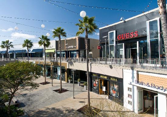 Torrance, CA: Del Amo Fashion Center