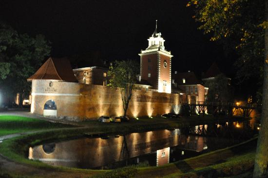 Lidzbark Warminski, Polen: Hotel nocą