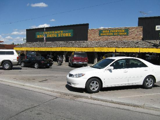 Wall Drug: Row of  independently owned and operated stores