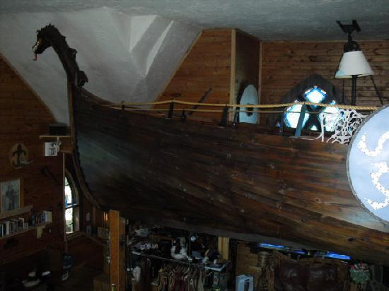 Nordic Inn Medieval Bed and Breakfast: Odin's Loft