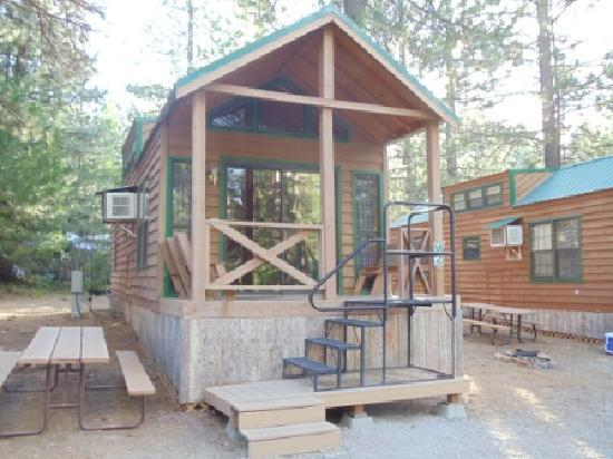 Lake Siskiyou Camp - Resort: Cabin near boat dock @ Lake Siskiyou Camp-Resort