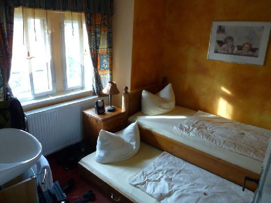 Hotel-Garni Hornburg: Hornburg family suite children's room