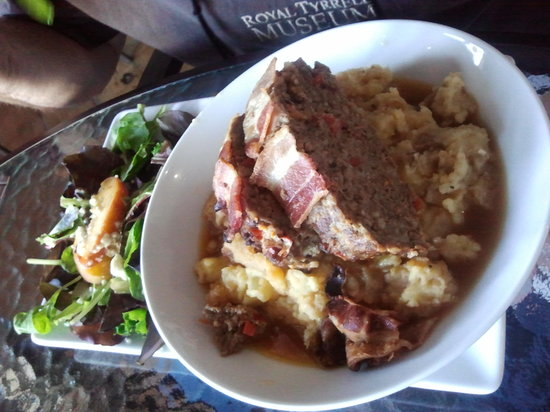 Kelly's Cantina: Meatloaf