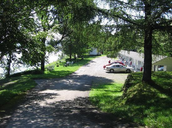 Auberge Marie Blanc : Motel Complex near Main Lodge