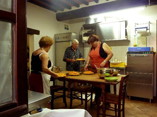 Agriturismo Il Vecchio Maneggio: Home-made meals -- and LOTS of it!