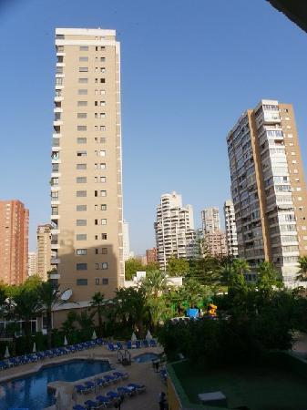 Servigroup Castilla : Vistas de la piscina por la mañana, 2º piso.