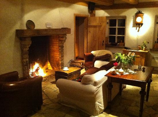 Padaste Manor: living room at the farm house