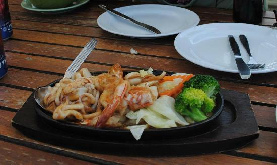 Sailom Hotel: BBQ seafood at the Sailom