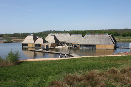 Престон, UK: Brockholes Floating Visitor Village